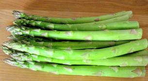 How to cook asparagus start cooking asparagus is sold by the bunch there are approximately 14 18 spears of asparagus per bunch count on about 3 to 5 spears per serving ccuart Gallery