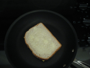 How To Make A Grilled Cheese Sandwich Gt Start Cooking